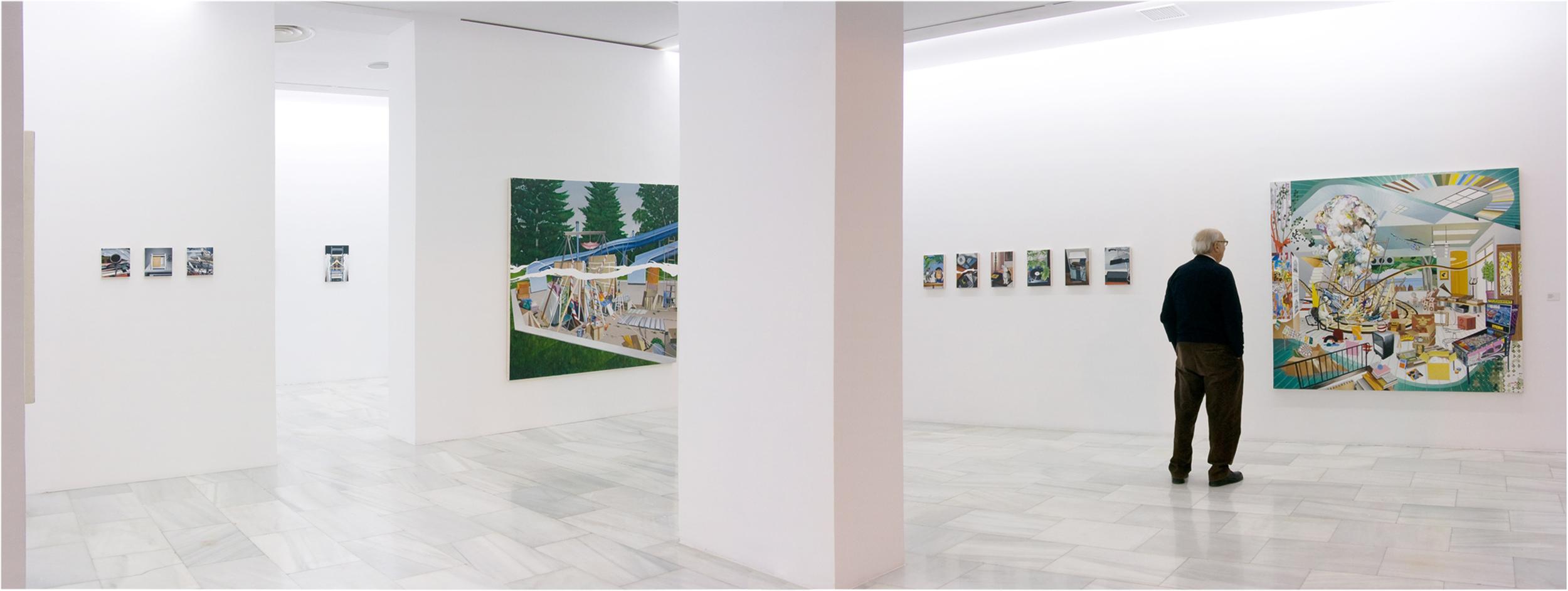Vista de exposición. Red de Arte Joven. Sala de exposiciones de Avenida América, Madrid. 2009