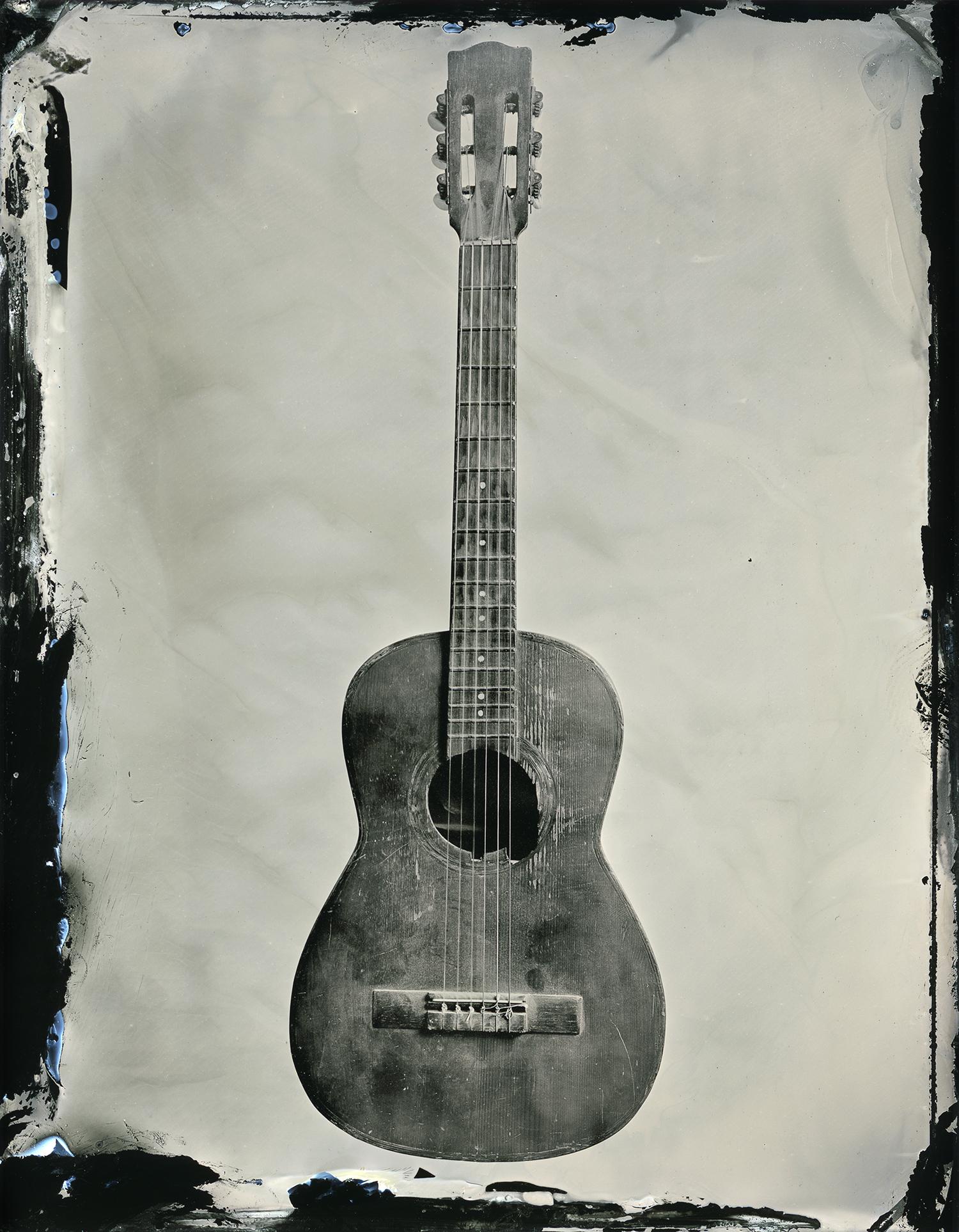 guitar_16x20_sec.jpg