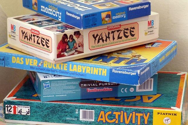 board-games-460340_640.jpg