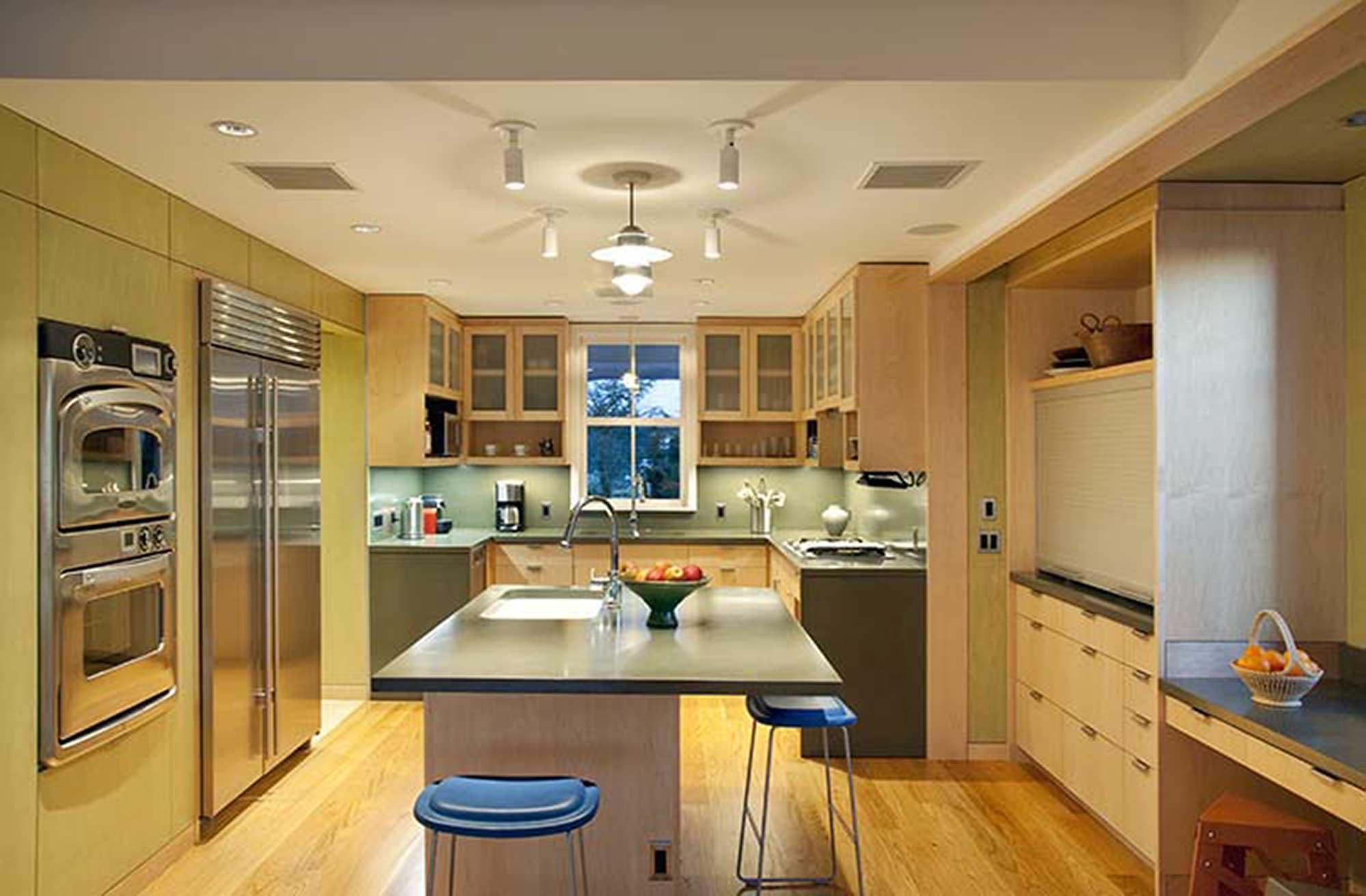 Prof-kitchen-1.jpg