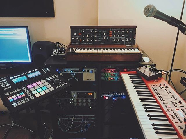 Figuring out how to take this EP from studio to live... #solo #electronicmusic