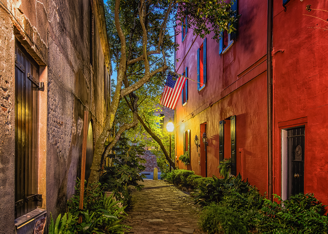 Philadelphia Alley | Charleston, SC