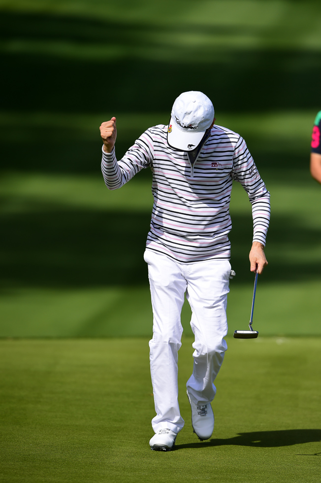 """""""Nailed that putt. Knew it the whole way."""" *dusts off shoulders*"""
