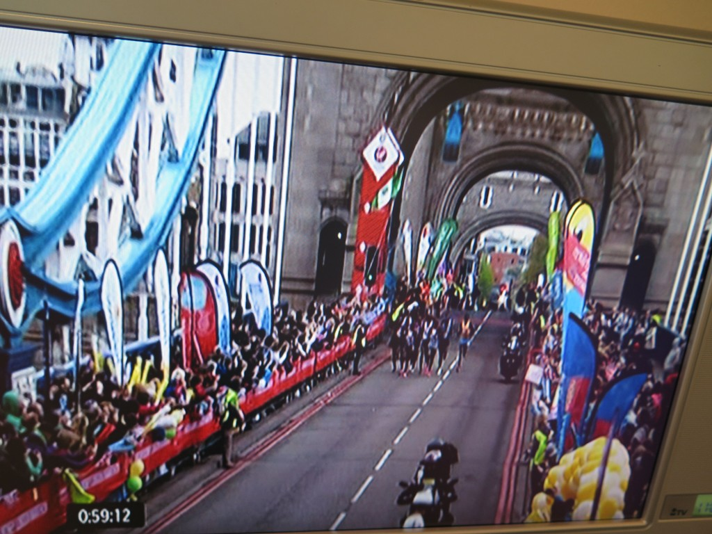 One of the course's many landmarks was the Tower Bridge.