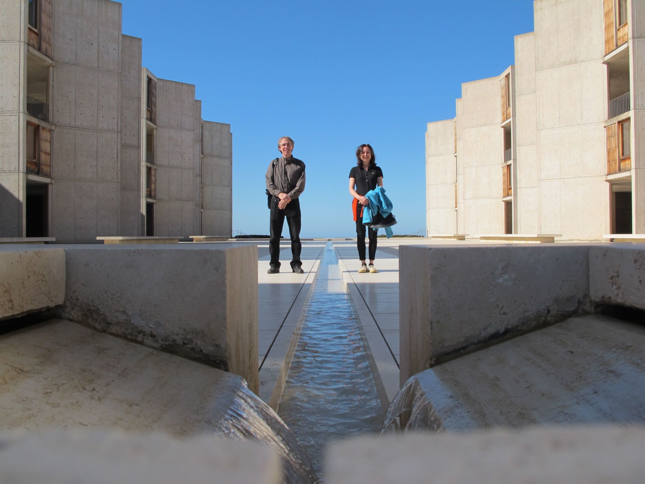 Pamelia and I visited the Salk Institute, a biological research center founded in 1960 by the legendary Jonas Salk that is home to multiple Nobel winners. It was designed by the brilliant architect Louis Kahn, whose unusual personal story (he kept three separate families, with a wife and two mistresses) you may recall from the movie My Architect.