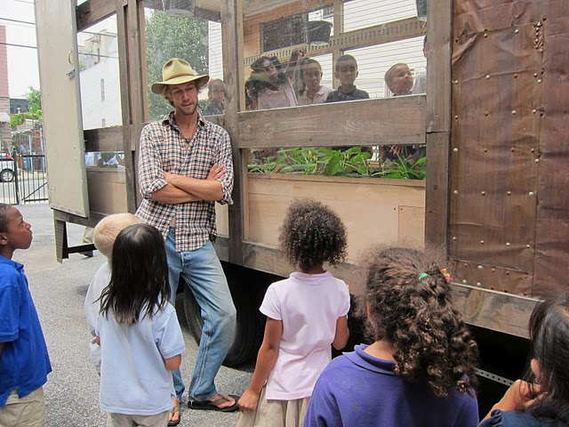 Justin and crew teach children how food is grown and how good farming methods can help sustain the planet.