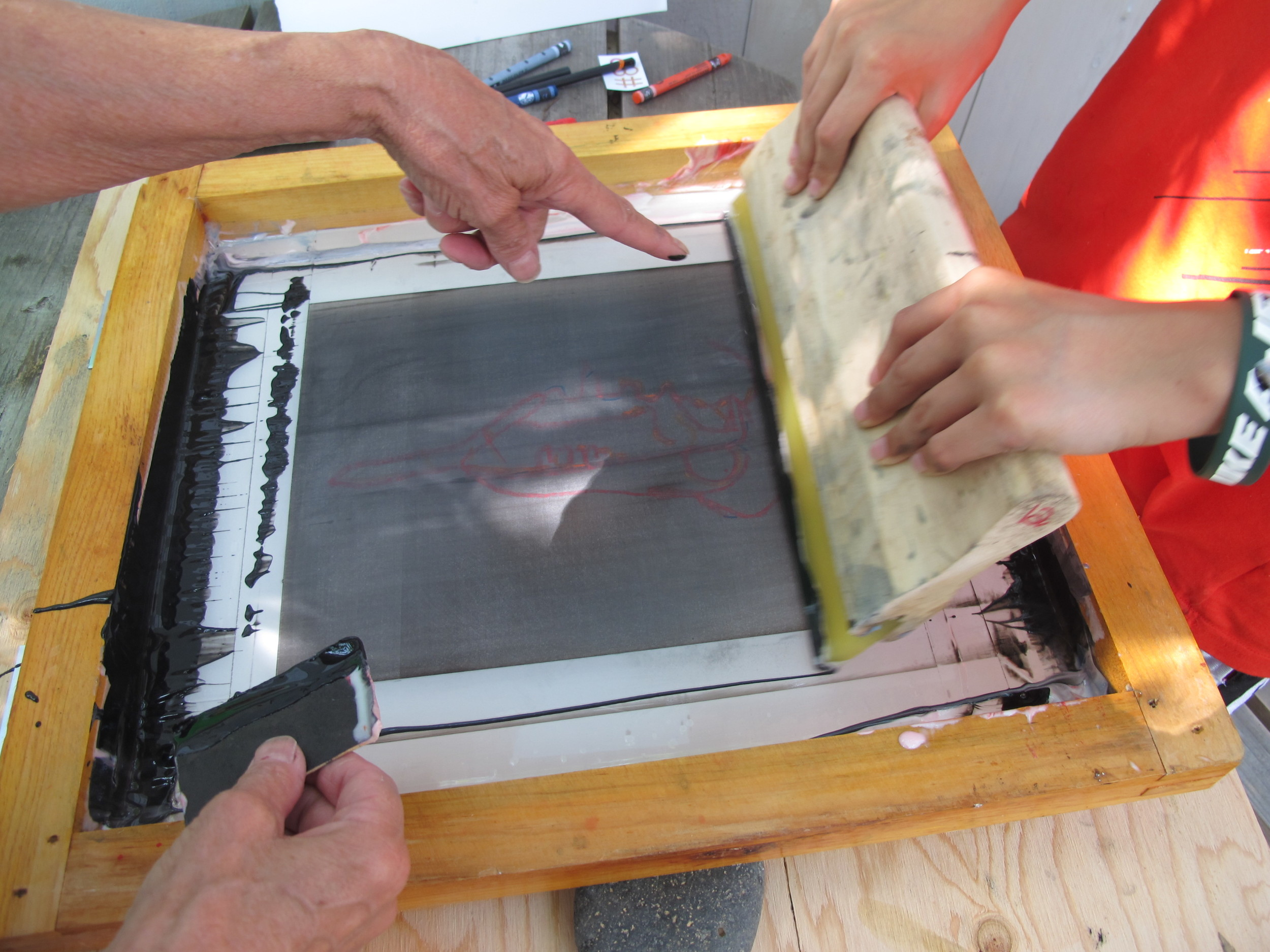 I wasn't able to take the workshop myself, so I'm not going to explain how it all works—though it was fun to watch. To learn more about water-based monoprinting, go to this youtube video of Roni demonstrating it on television: