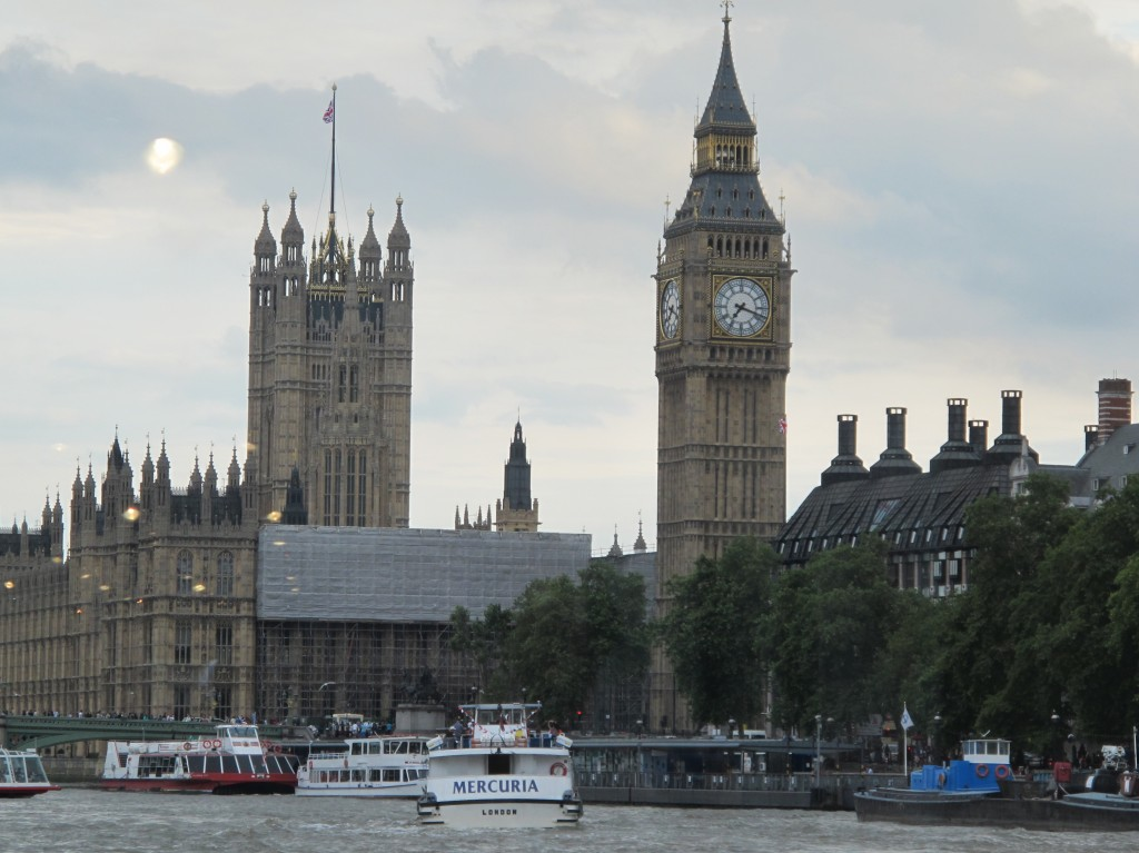The attendees at the Olympic press meetings were taken on a boat ride on the Thames to see a few of the Olympic venues and landmarks like Big Ben.