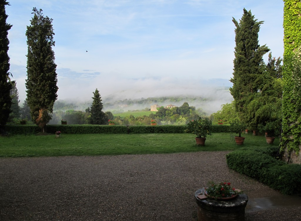 The morning fog at Spannocchia.