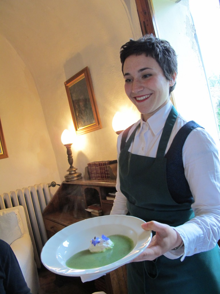 Daniela from the Cavolfiori a Merenda team served our borage soup, which included a dollop of ricotta with two borage flowers (also known as starflowers) on top.