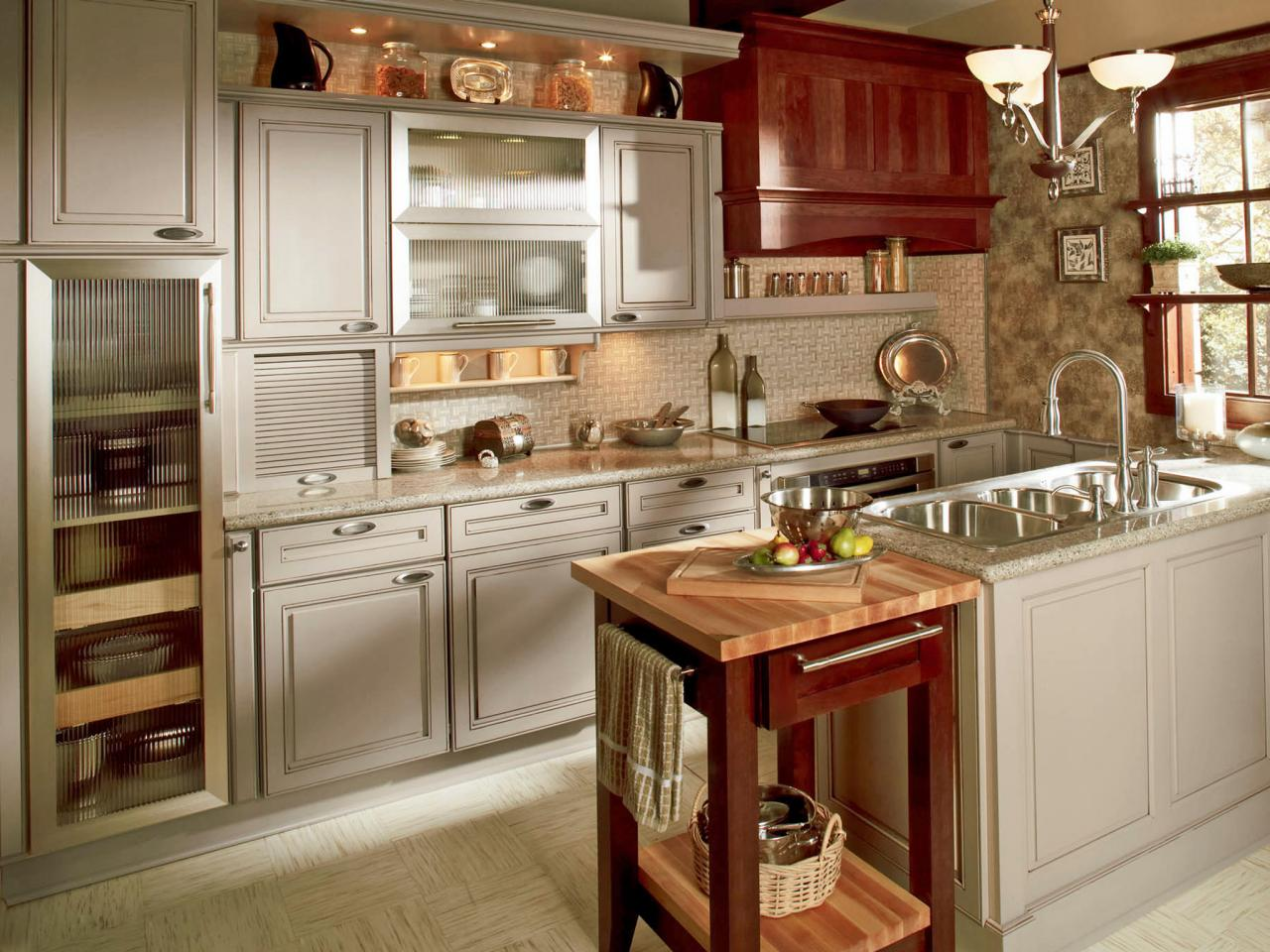 CI-Wellborn-Cabinets_soft-gray-painted-kitchen-cabinets_4x3.jpg.rend.hgtvcom.1280.960.jpeg