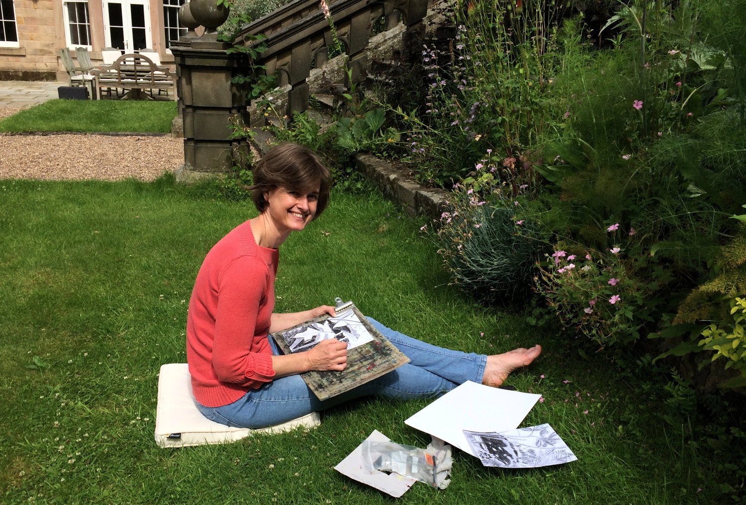 Drawing in the gardens, Darley House.