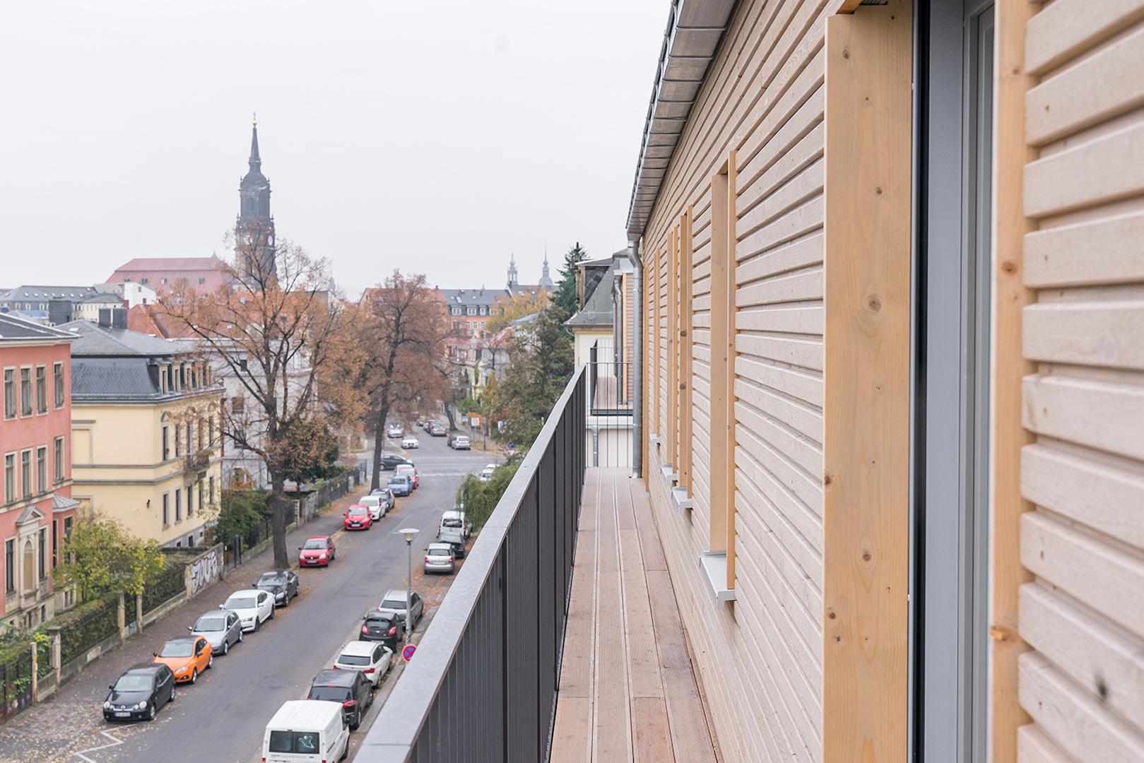 Holz100_woodfeelsgood_berlin_objektbau.jpg