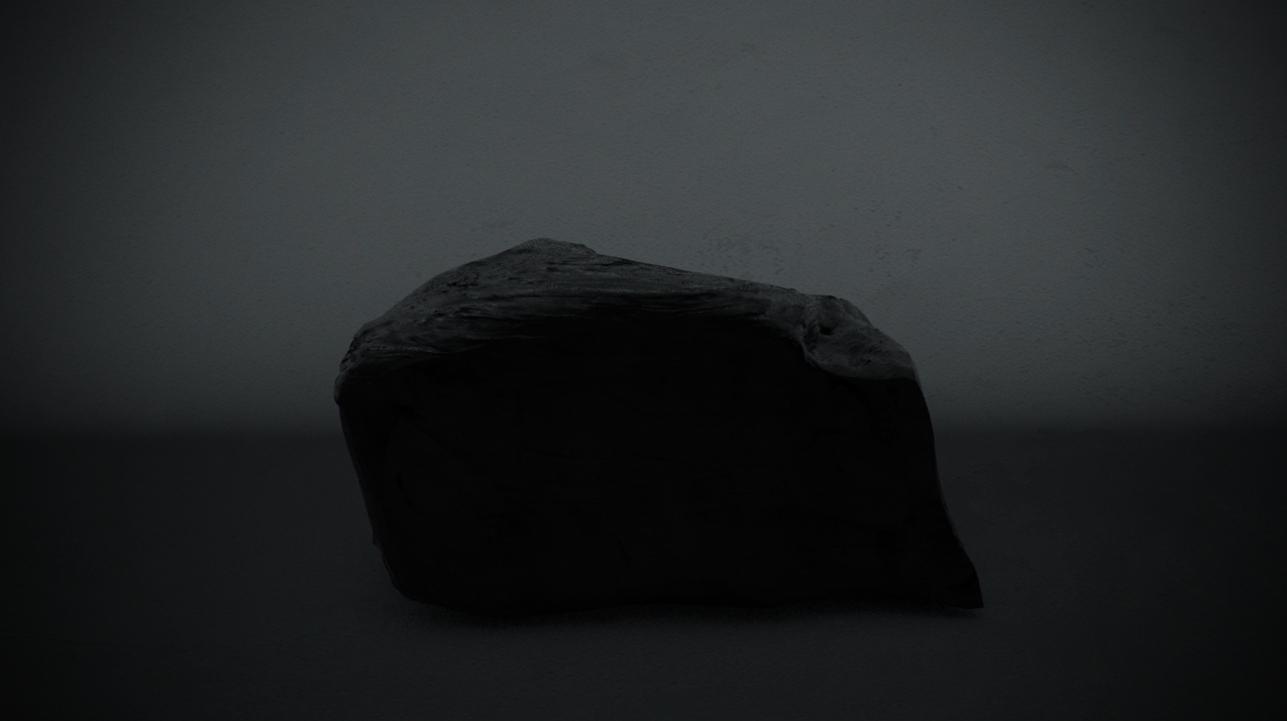 Obsidian // 002 // Dark
