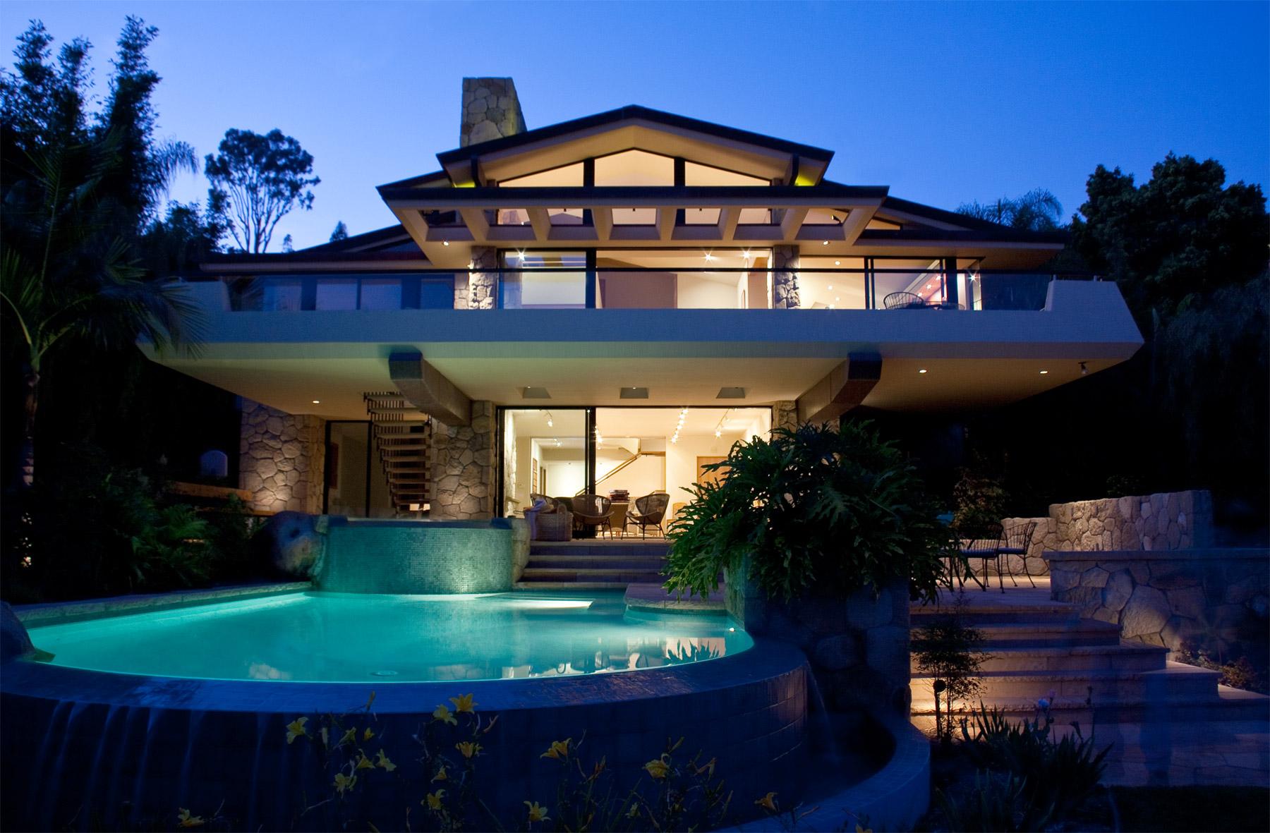 Architecture_Exterior_SantaBarbara.jpg