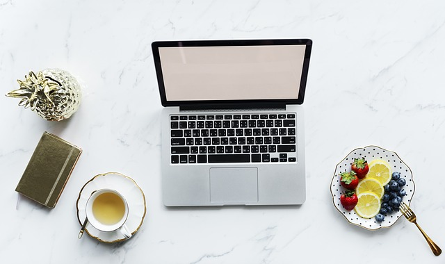 top tips for eating healthy at work