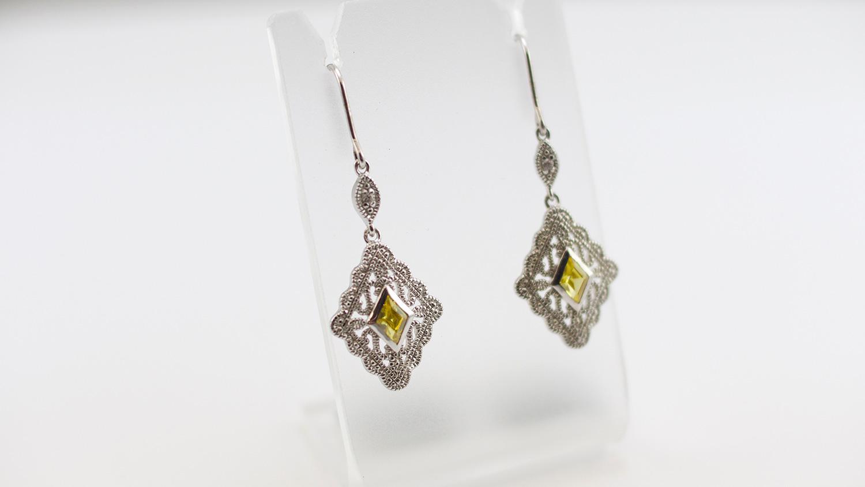 earring-yellow.jpg