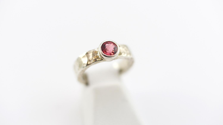 ring-rose.jpg