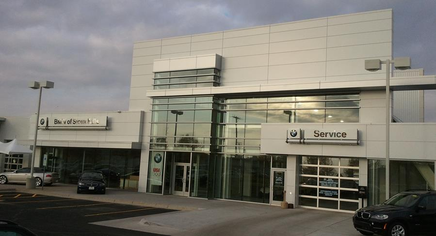 Luxury Auto Mall of Sioux Falls 3.jpg