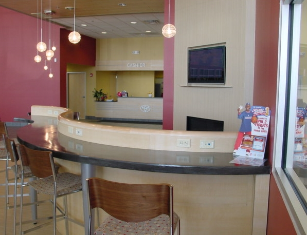 Customer Lounge 1 22047.JPG