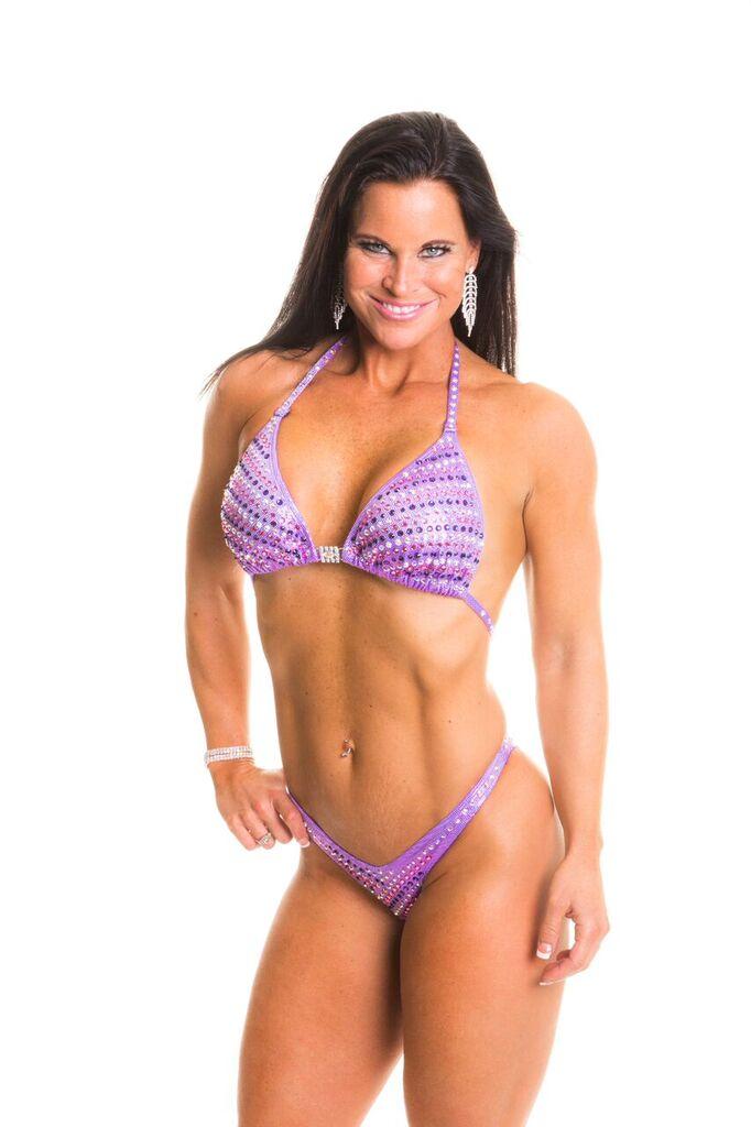 Figure Physique bodybuilding    SHOP NOW