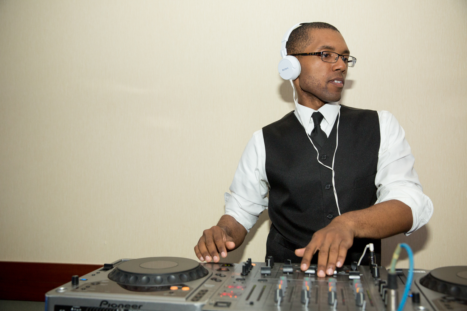 best wedding DJ Chicago