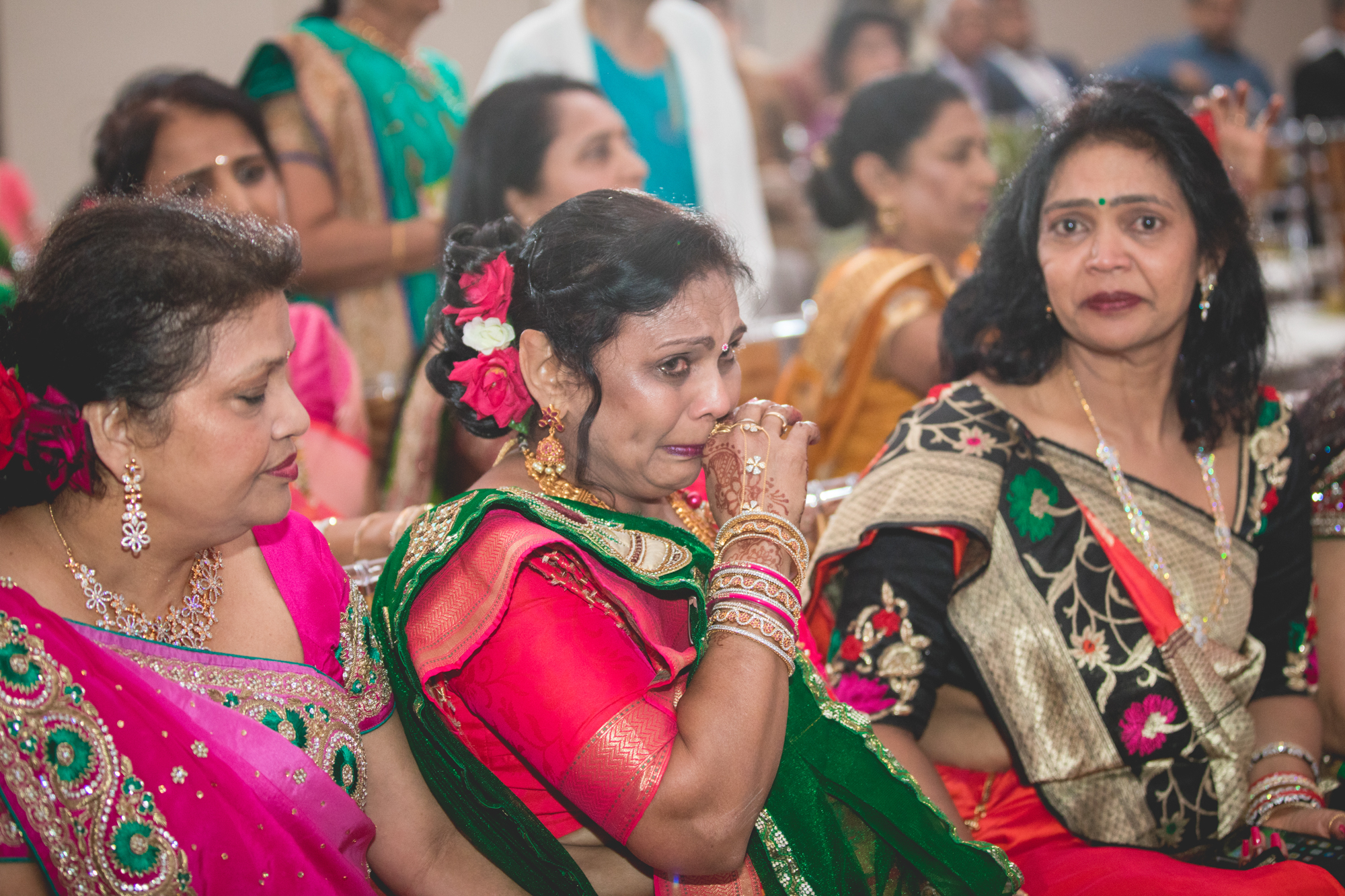 emotional-aunties-at-wedding.jpg