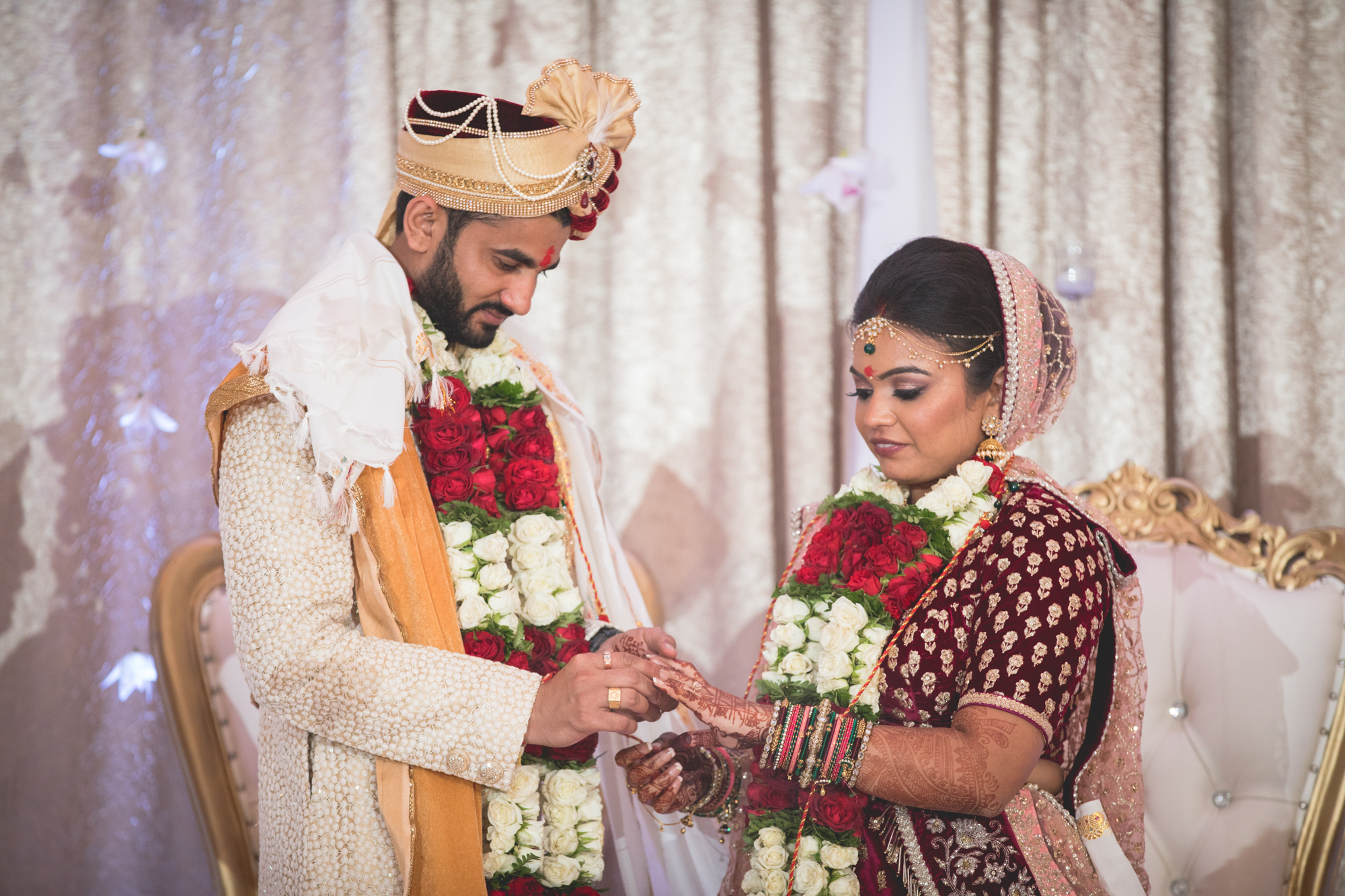 hindu-bride-and-groom.jpg