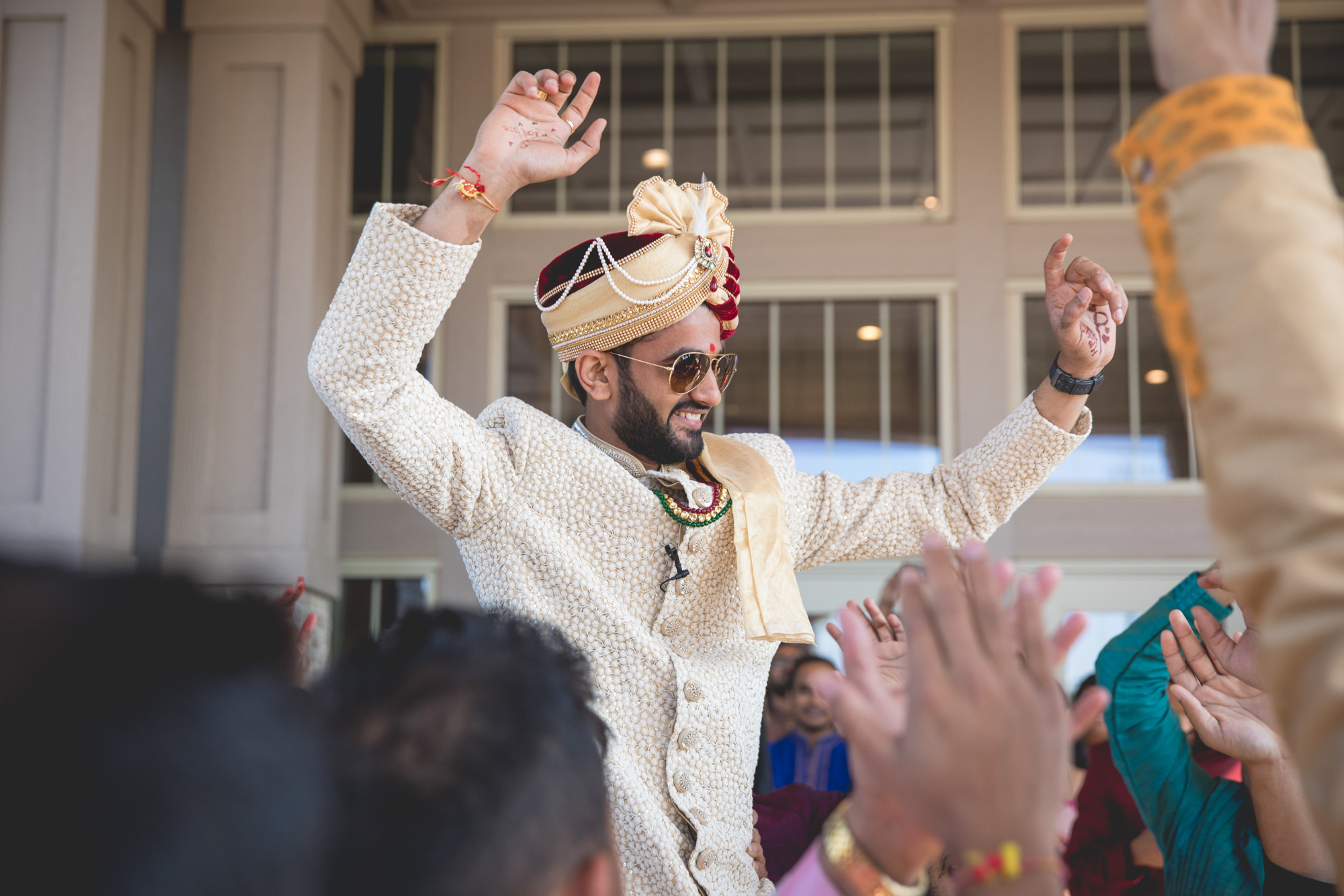 indian-groom-at-baraat.jpg