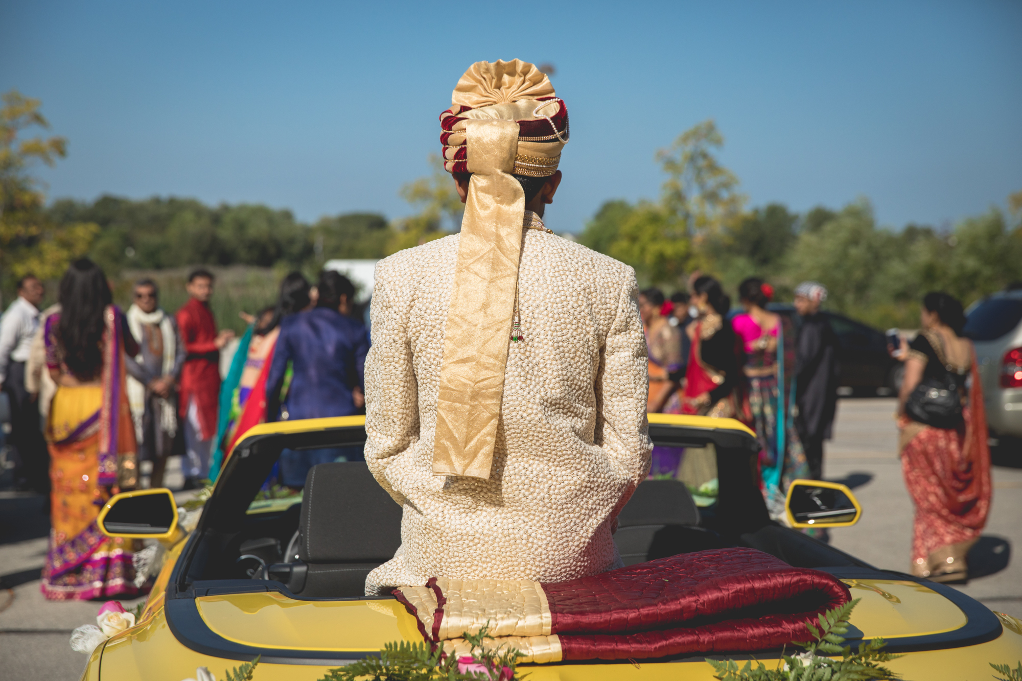 indian-groom-with-head-dress.jpg