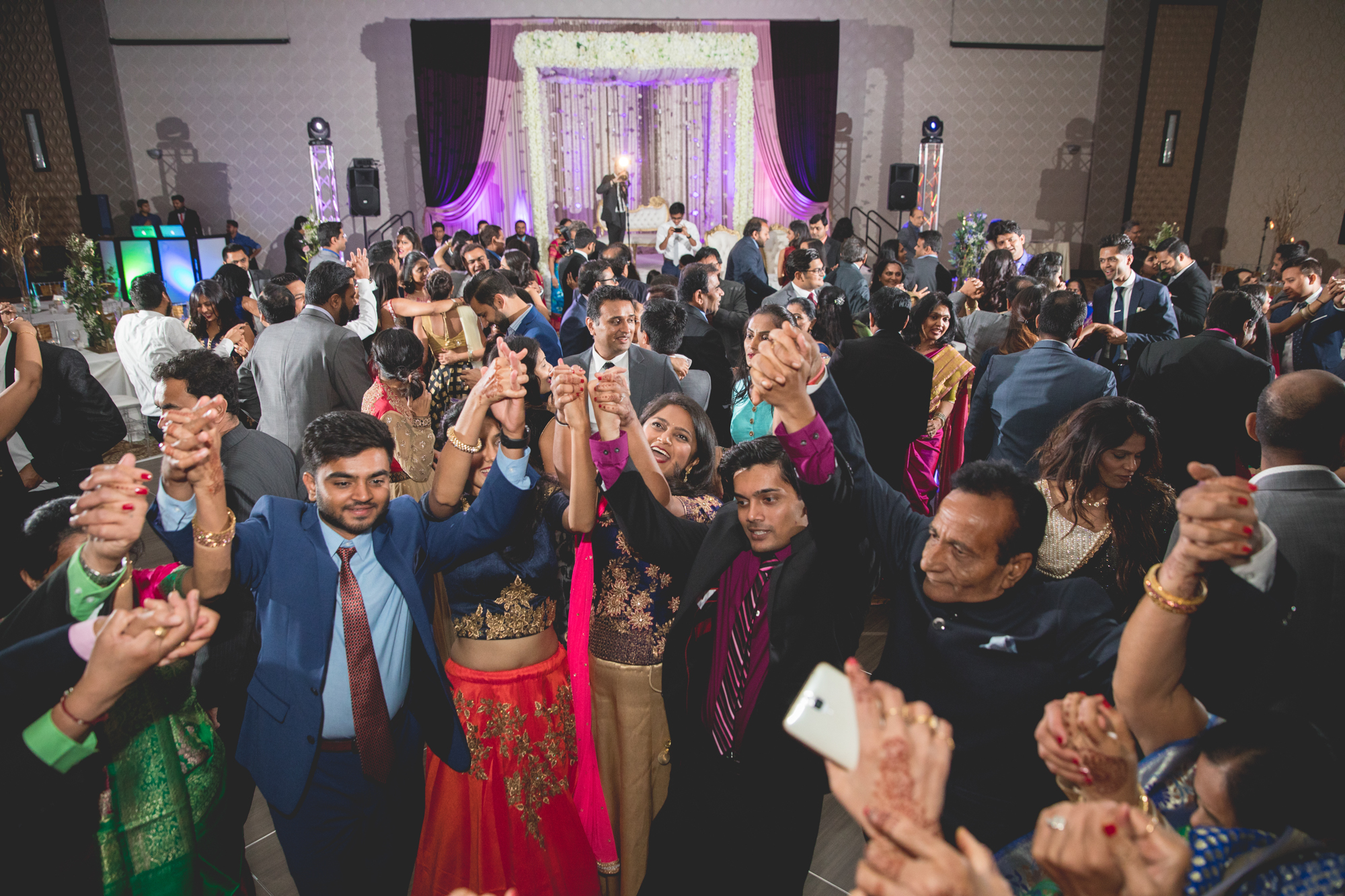 indian-wedding-group-dancing.jpg