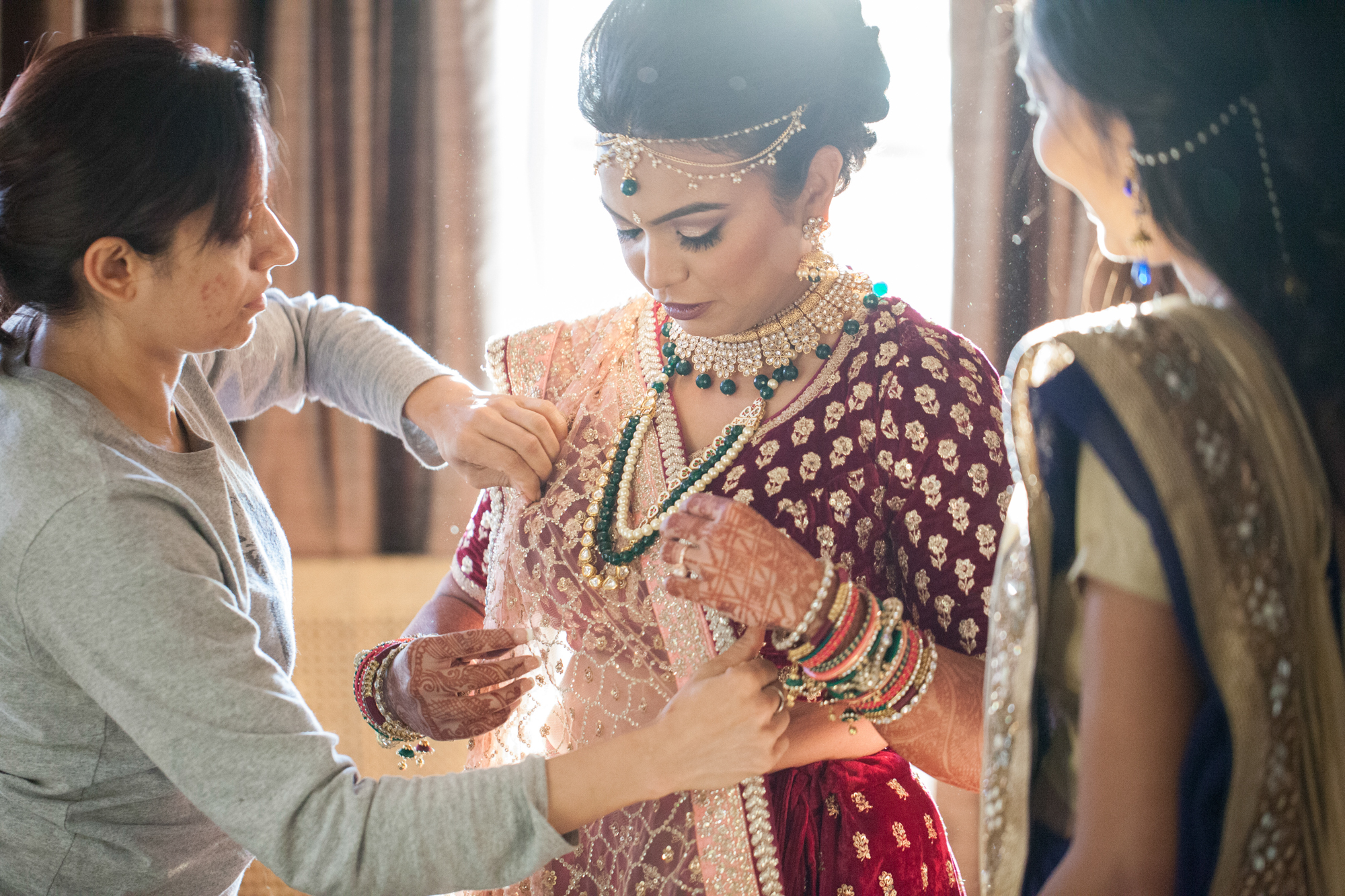 southeast-asian-bride-getting-ready.jpg