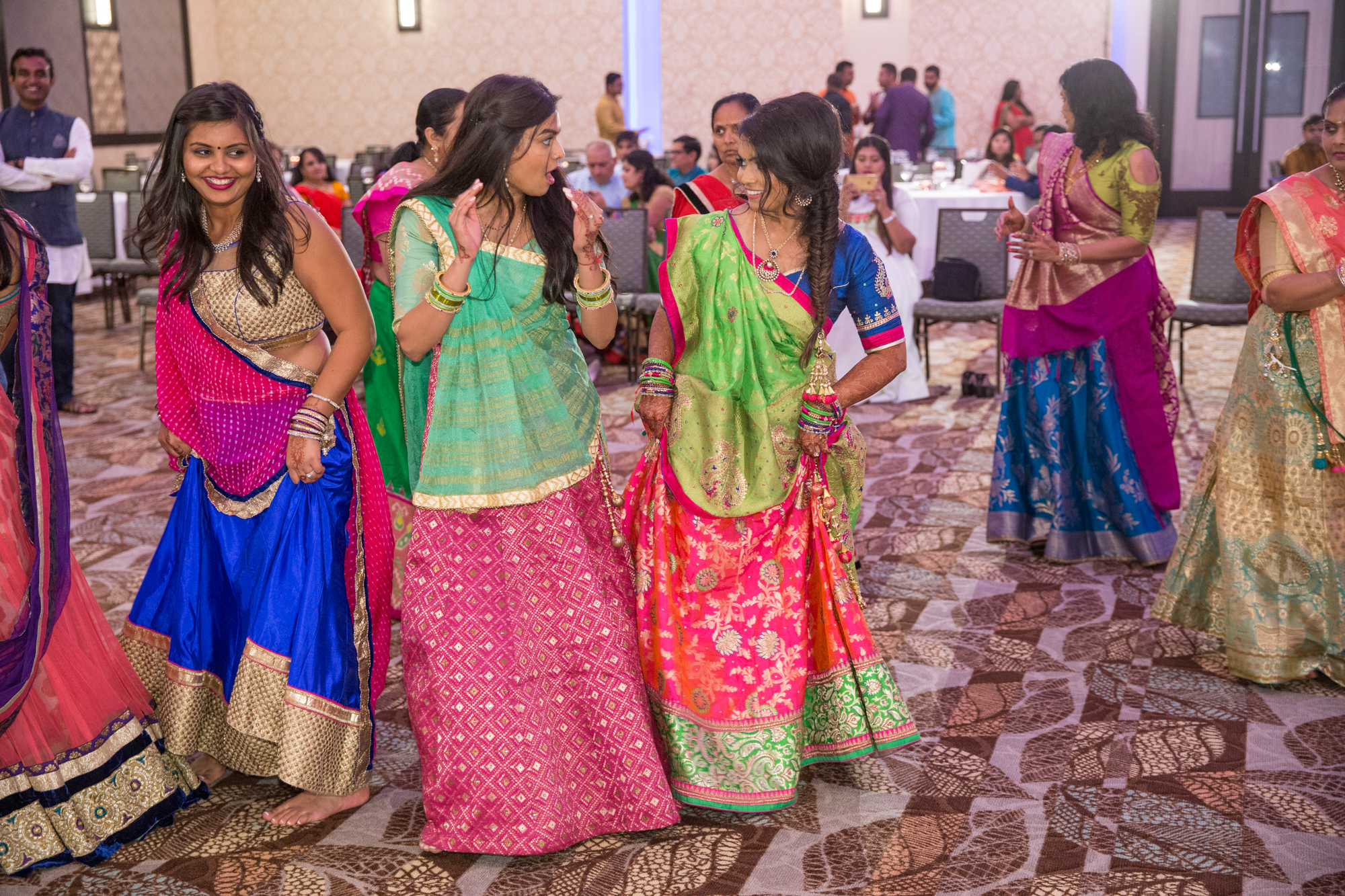 southeast-asian-women-dancing.jpg