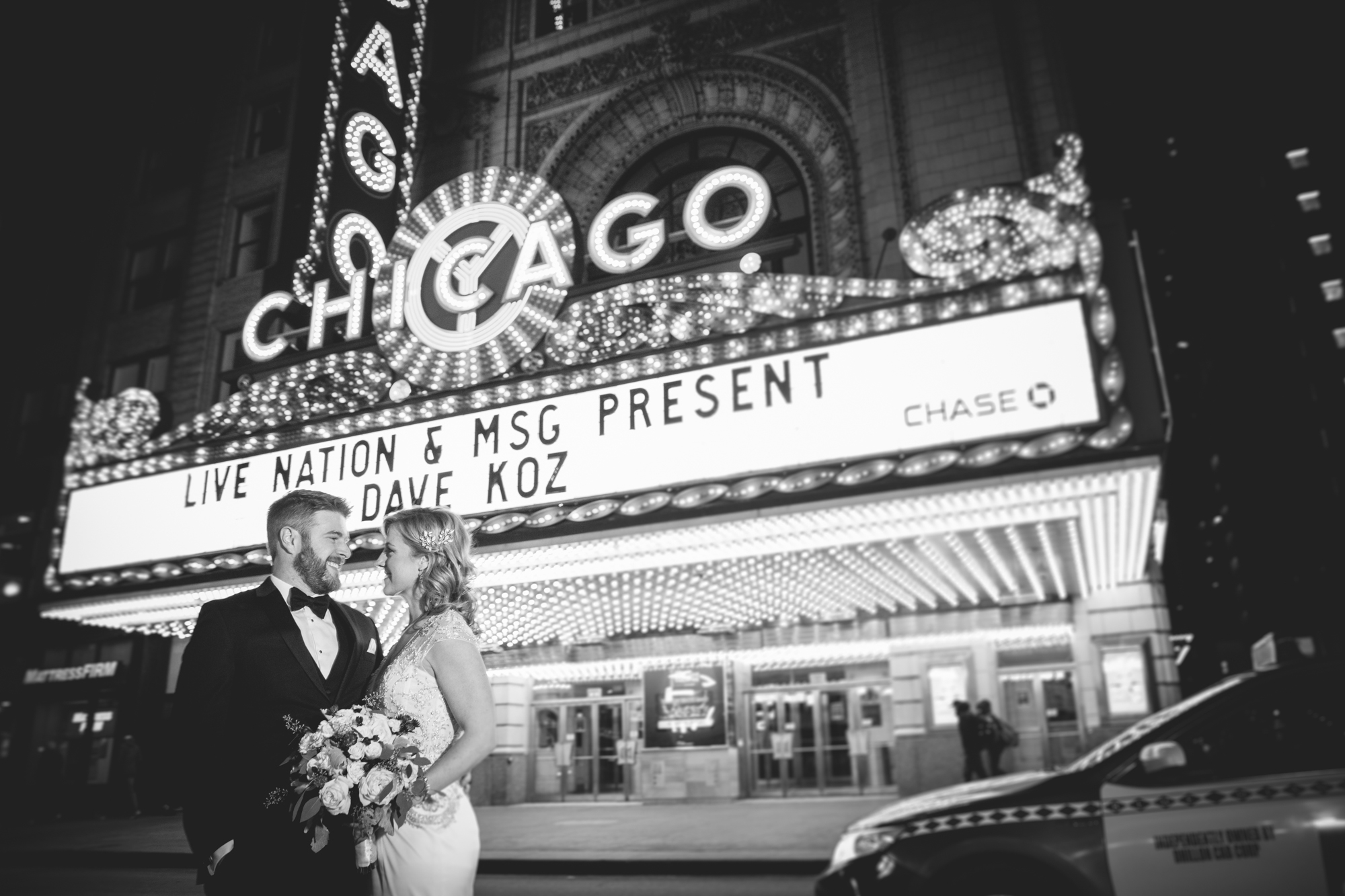bride-and-groom-chicago-theatre.jpg