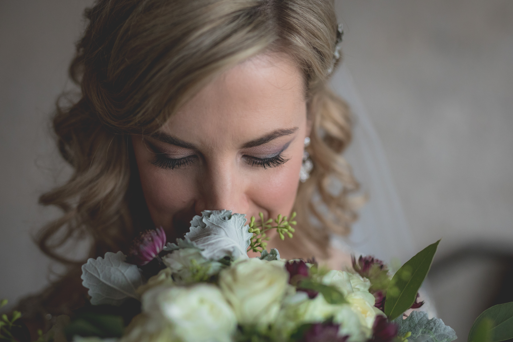 bride-with-bouquet.jpg