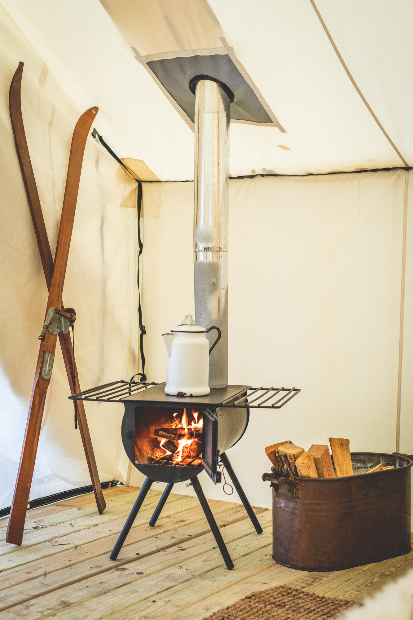 ski-lounge-wood-stove.jpg