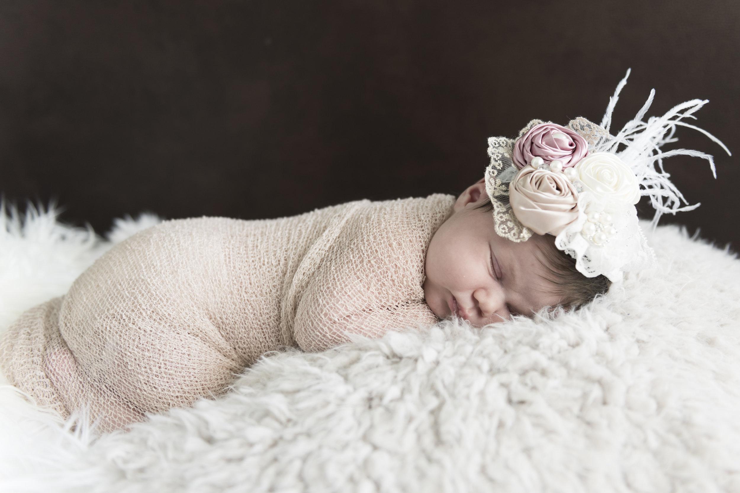 Newborn_ClaraBauer-7570.jpg