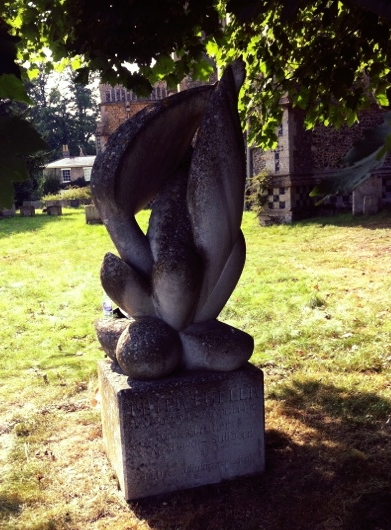 Peter Fuller's gravestone in Stowlangtoft, sculpture by Glynn Williams