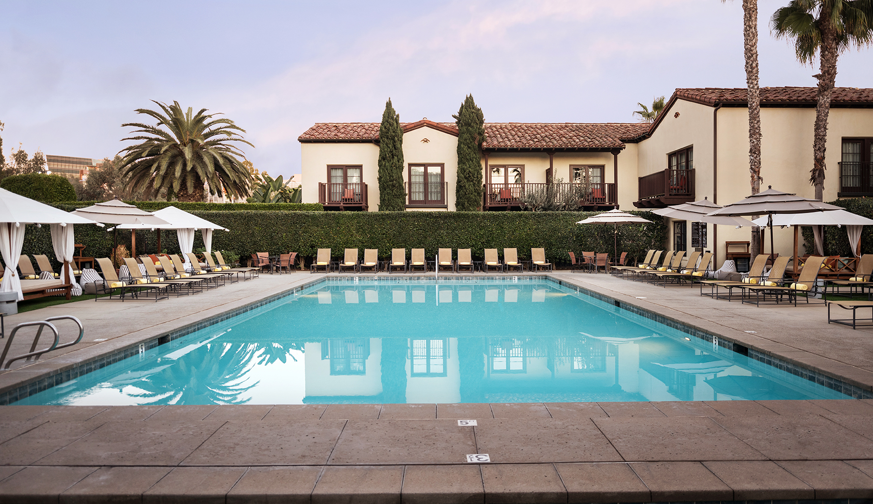 8 San Diego End-of-Summer Pool Daycations  - 8.16.19