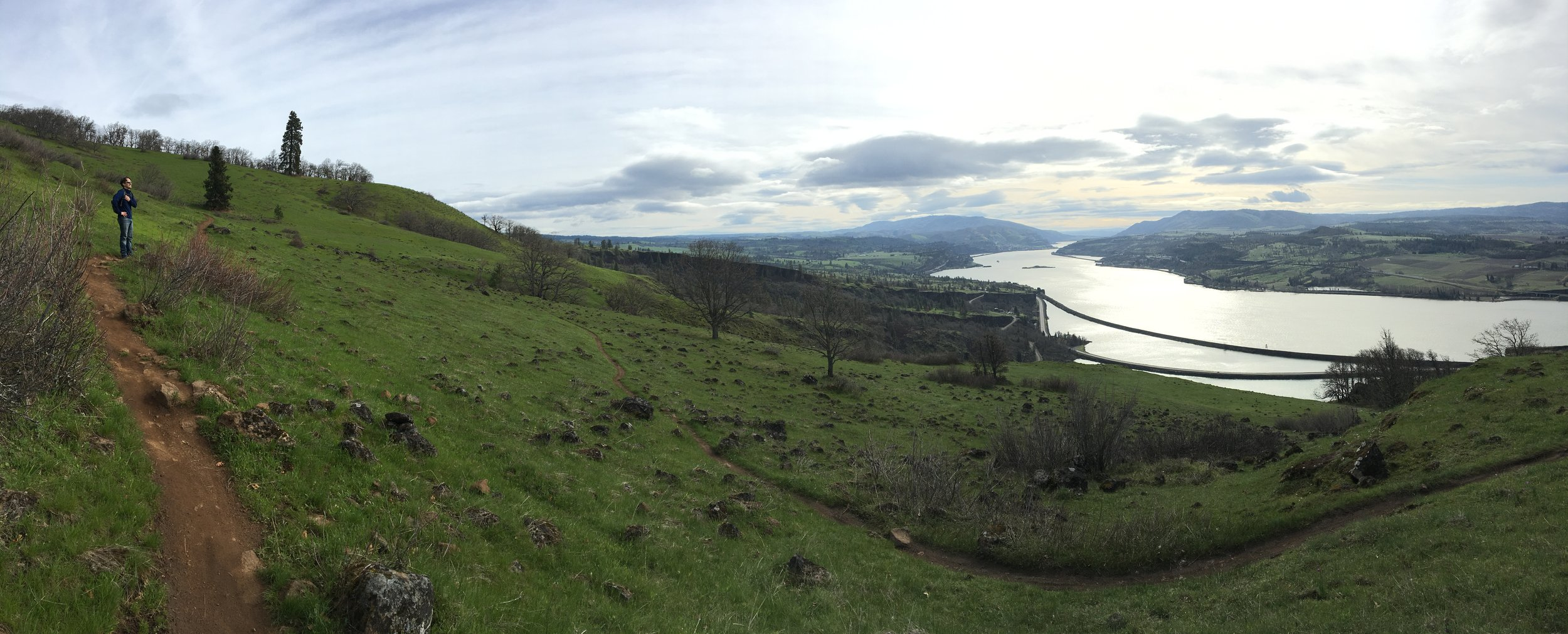 Hiking up the Labyrinth Loop overlooking the Columbia River.