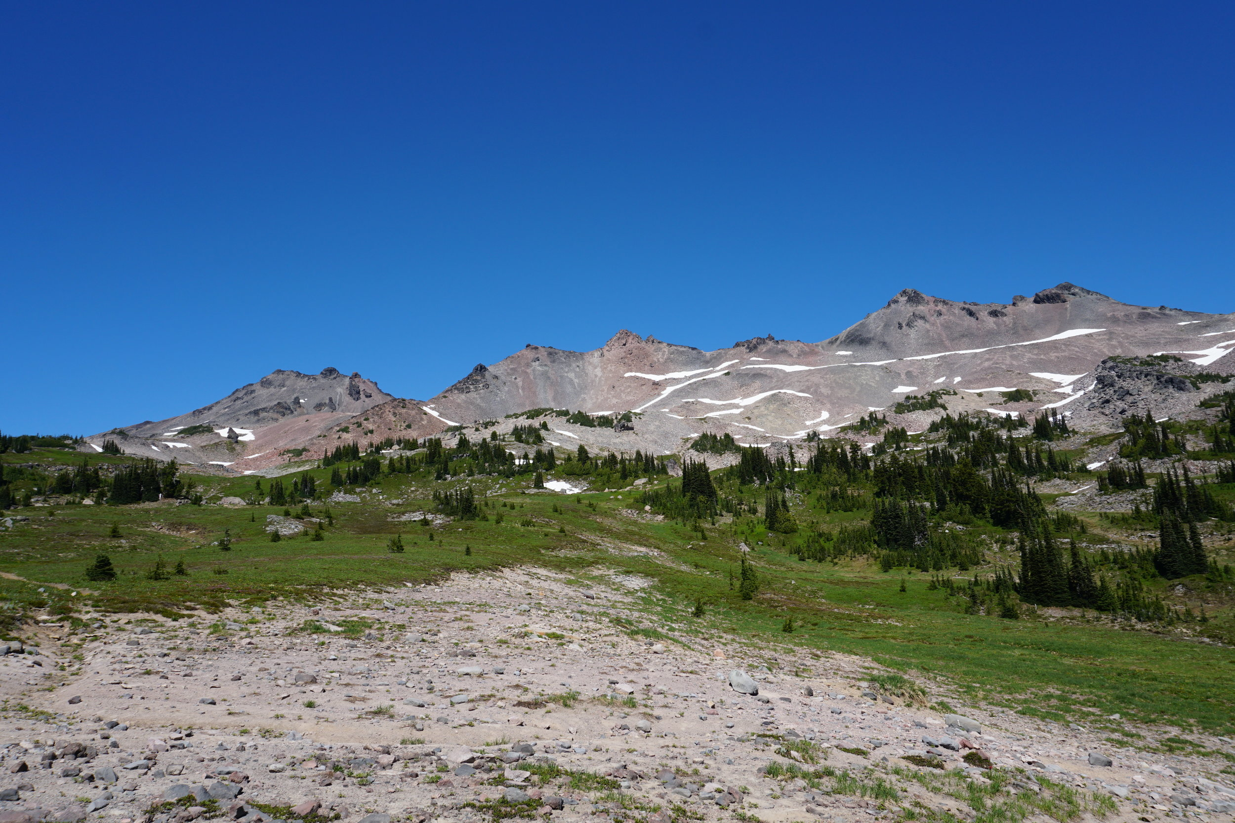The Goat Rocks with Old Snowy on the far left.
