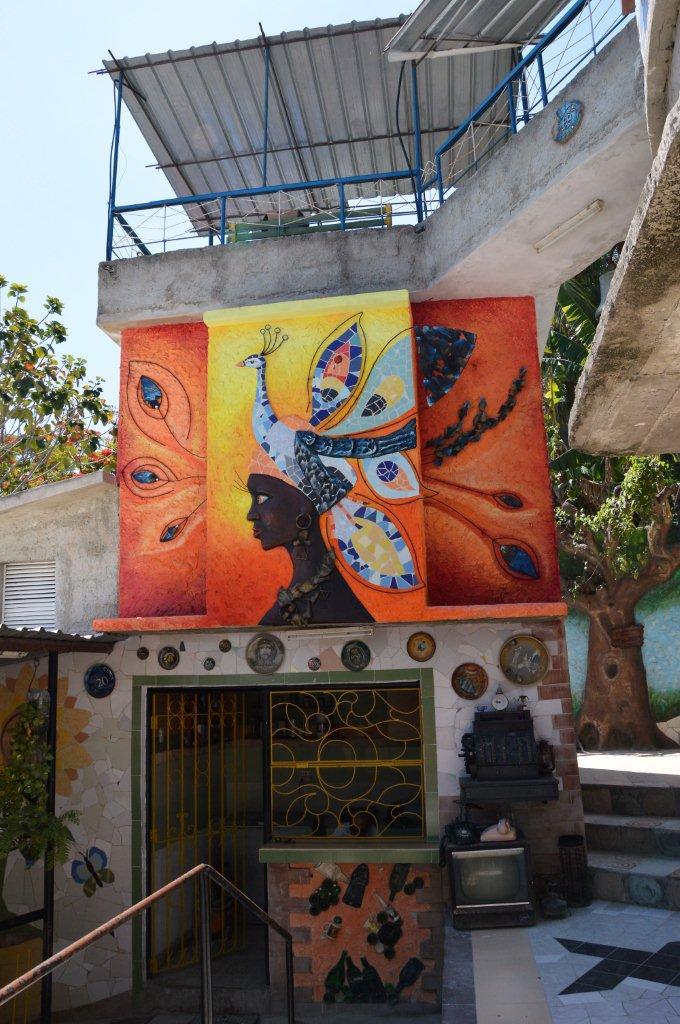 new mural at El Tanque