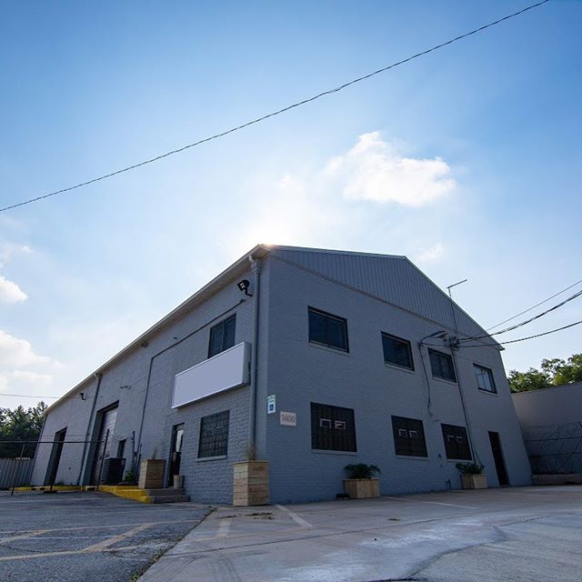 Check out 1400 Cherry Hill Rd, Baltimore 21225! She has a fresh coat of paint for its next user. Let us know if you are interested in more information on leasing this property!  Now Leasing! Industrial Property I-1 Industrial Zoning 10255 sq ft  Main Building 8125 sf. 4 Drive-In Doors  2nd Building 21,000 sf-2 Drive Thru Bays  2.33 acres all useable, paved and fenced Natural Gas Contact us by filling out the form on our website: charmcitybuilders.com or Call 410-440-0010