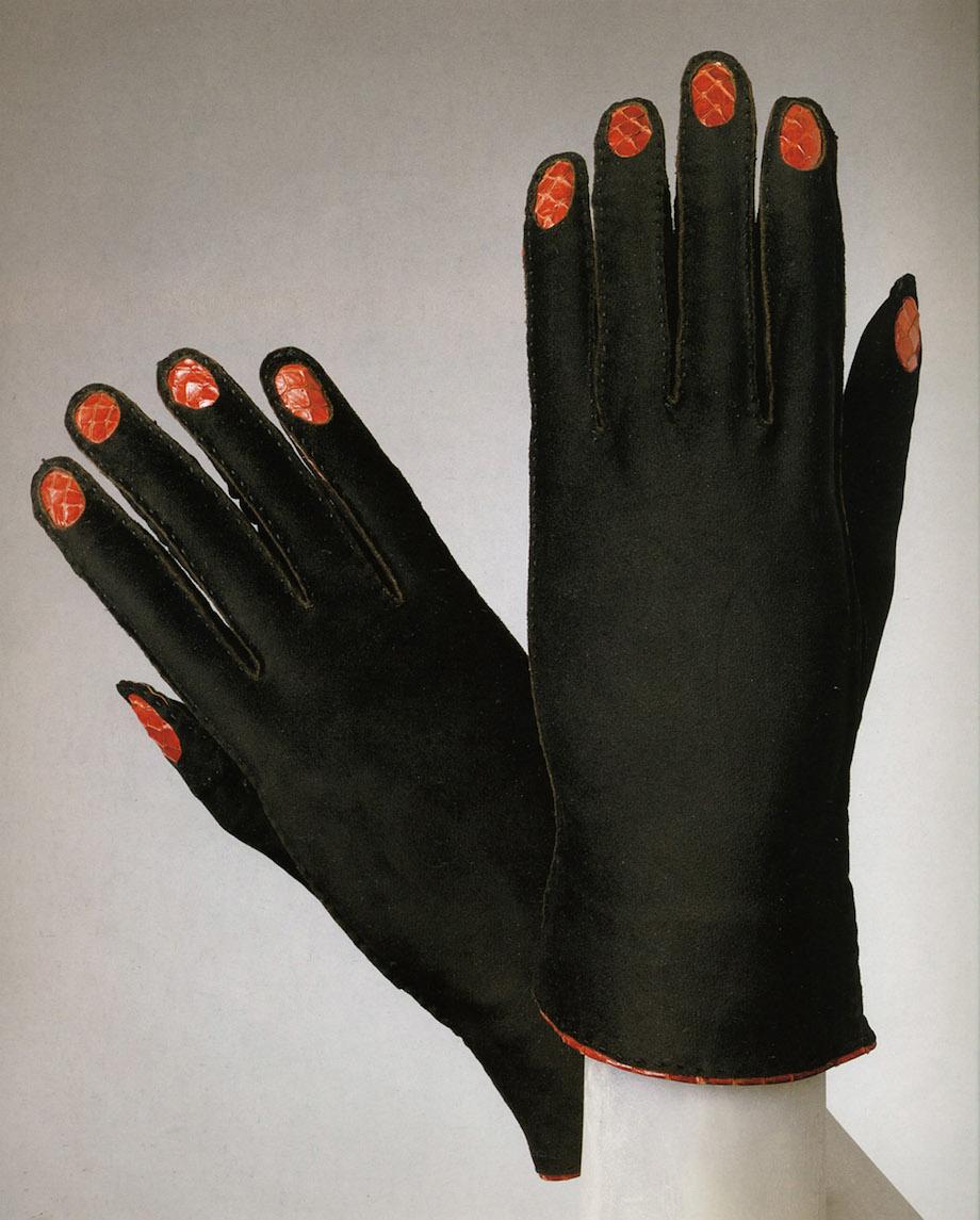 Elsa Schiaparelli. Gloves, 1936-37