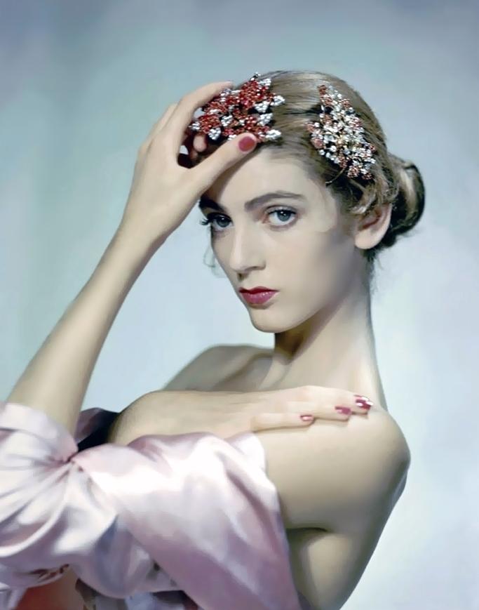 Erwin Blumenfeld. Vogue Magazine cover shot ,1947