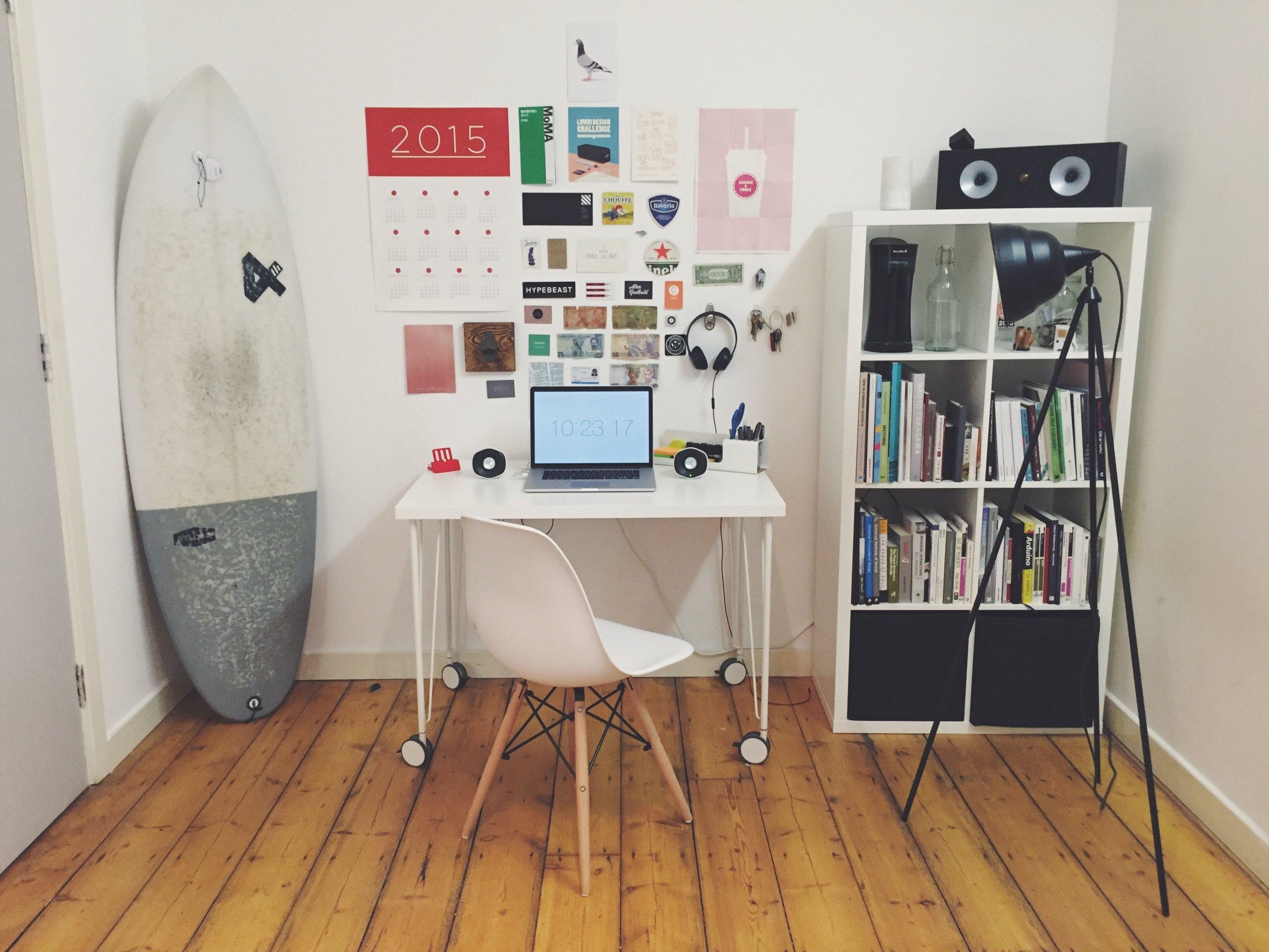 desk 2 Rob.jpg
