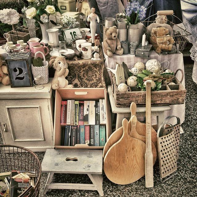 flea-market-343123_640.jpg