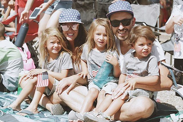We celebrated from 9-9 yesterday! It was a day full of parade, eating, swimming and fireworks. Best part was den had the day off from school so he could hang with us! Hope you guys had a great fourth. Happy Birthday America!!! ❤️🇺🇸💙 thanks @trebventure for taking a photo of my fambam . . . . . . #skooliegeek #skoolie #skoolieconversion #tinyhouse #tinyhousemovemenet #homeiswhereyouparkit #busliving #buslifestyle #buslife #buslifeadventure #buslifemovement #glampimg #camplife #adventuremobile #thatsdarling #livefree #wildandfree #liveauthentic #nomad #nomadic #nomadiclife #NomadicMillers #buswife #buskids #adventureawaits #livingsmall #therollinghome #neverstopexploring #projectvanlife #gorving