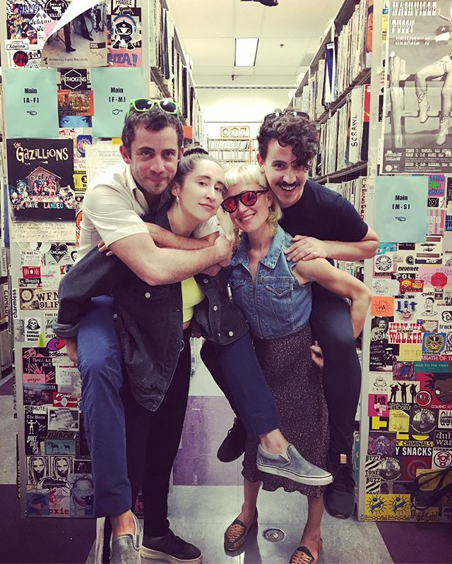 We love you @kalxradio!! Thanks @dangerventure and the whole KALX fam for having us again, and for all your support over the years 😭❤️ #piggyback #malebackedband