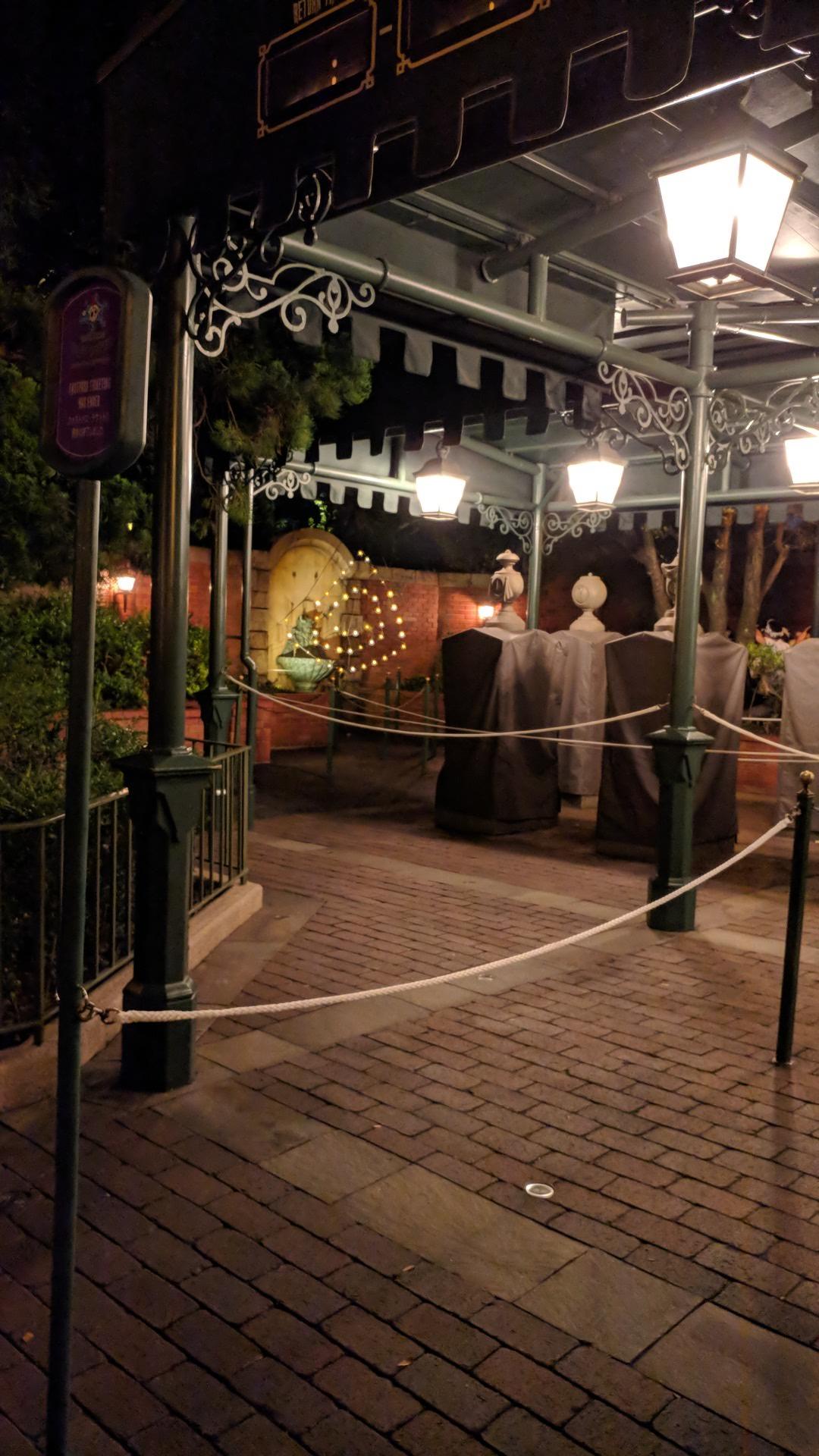 The Haunted Mansion - Tokyo Disneyland